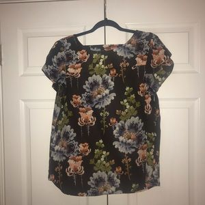 Loft short-sleeve blouse!!